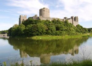Pembroke_Castle_1